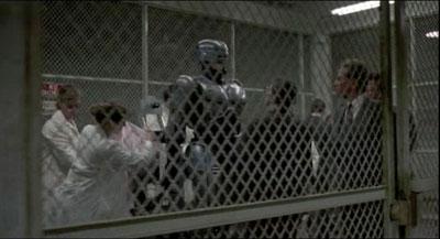 Robocop-intro-13